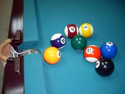 Из чего делают бильярдные шары