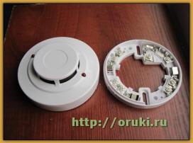 Точечный пожарный извещатель RF03-ДО(01)